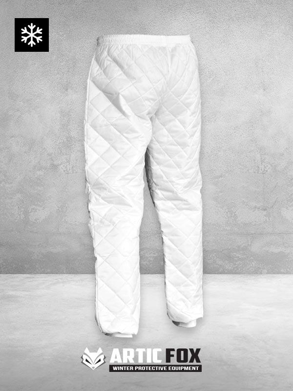 zimske-pantalone-stepane-zastita-od-hladnoce-pozadi-bela-boja